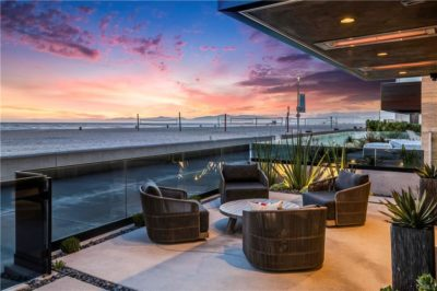 Hermosa Beach Strand oceanfront patio
